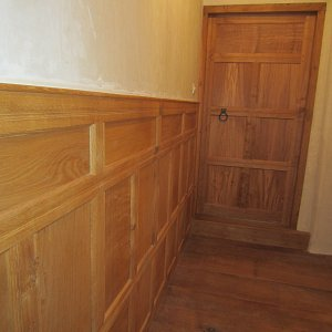New oak panelling with 16th century detailing